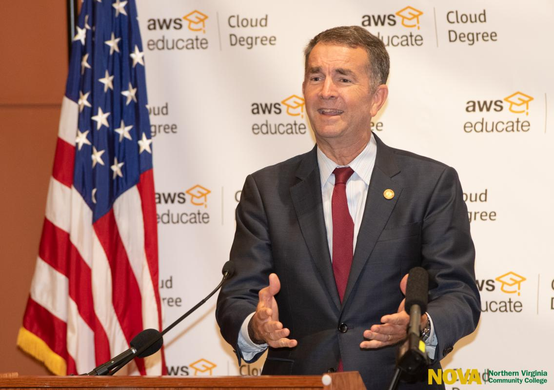 As Colleges Educate Players On >> Amazon Expands Cloud Degree Partnerships With Virginia Colleges