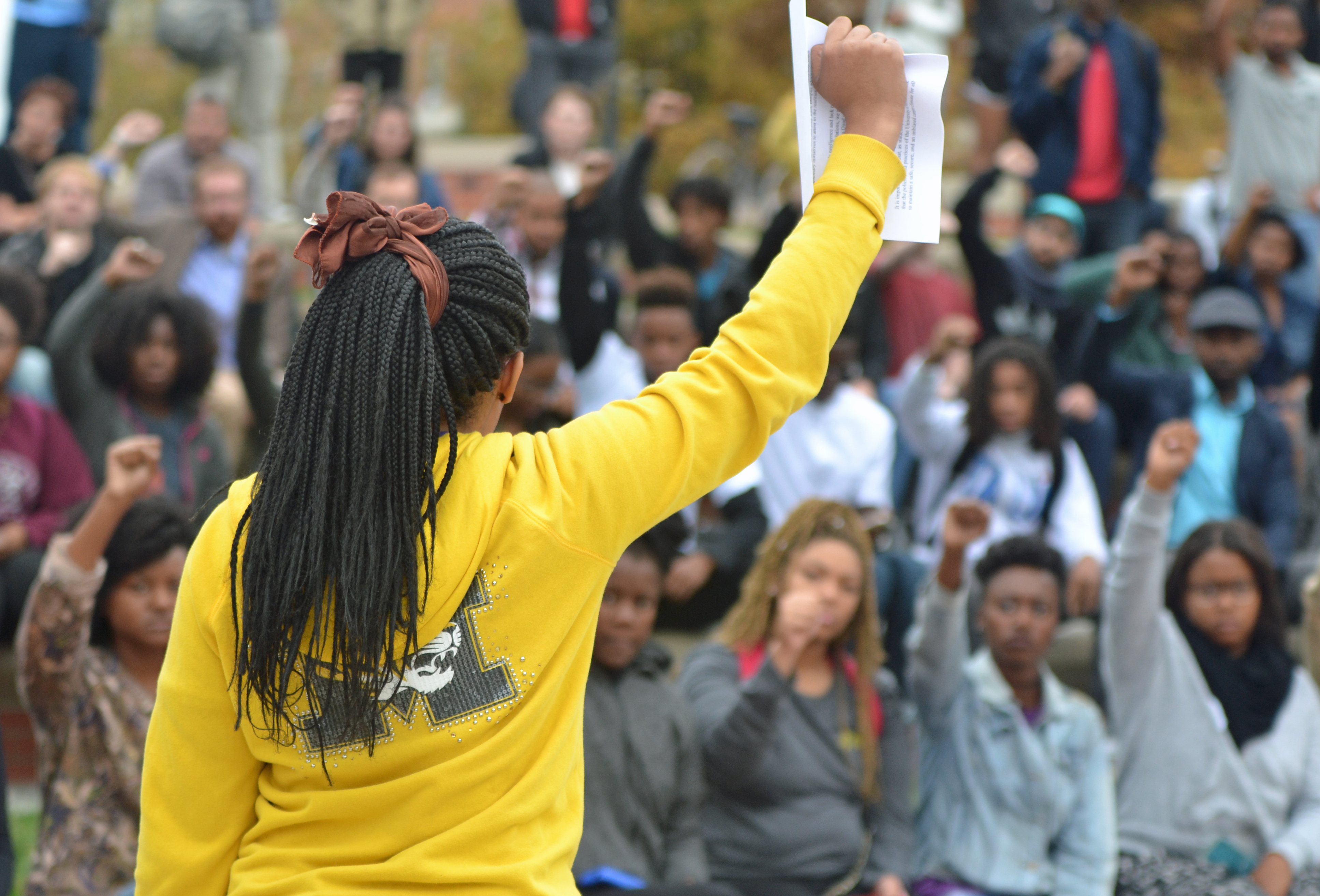 racial tensions escalate at u of missouri and yale