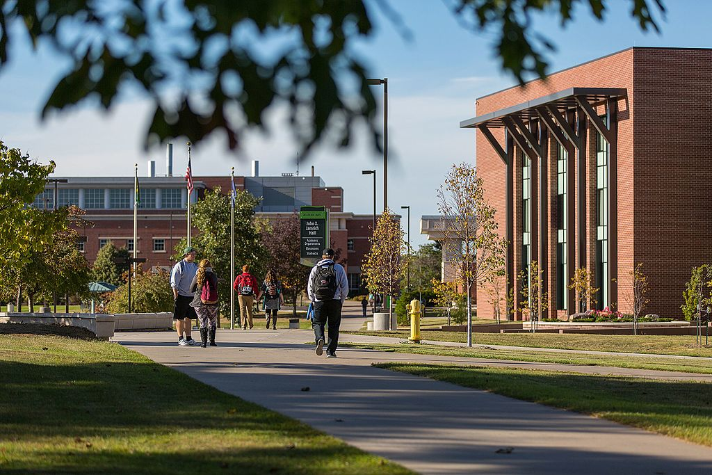 Brookings report requests federal grants for regional colleges