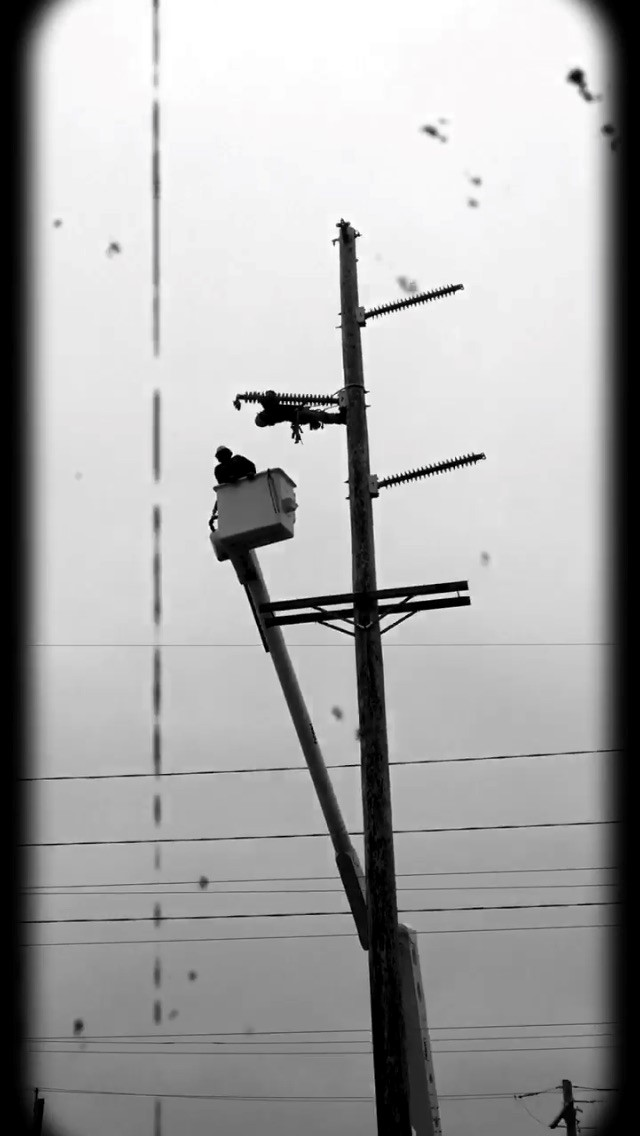 In male-dominated profession, a woman leads lineman instruction at Metropolitan Community College
