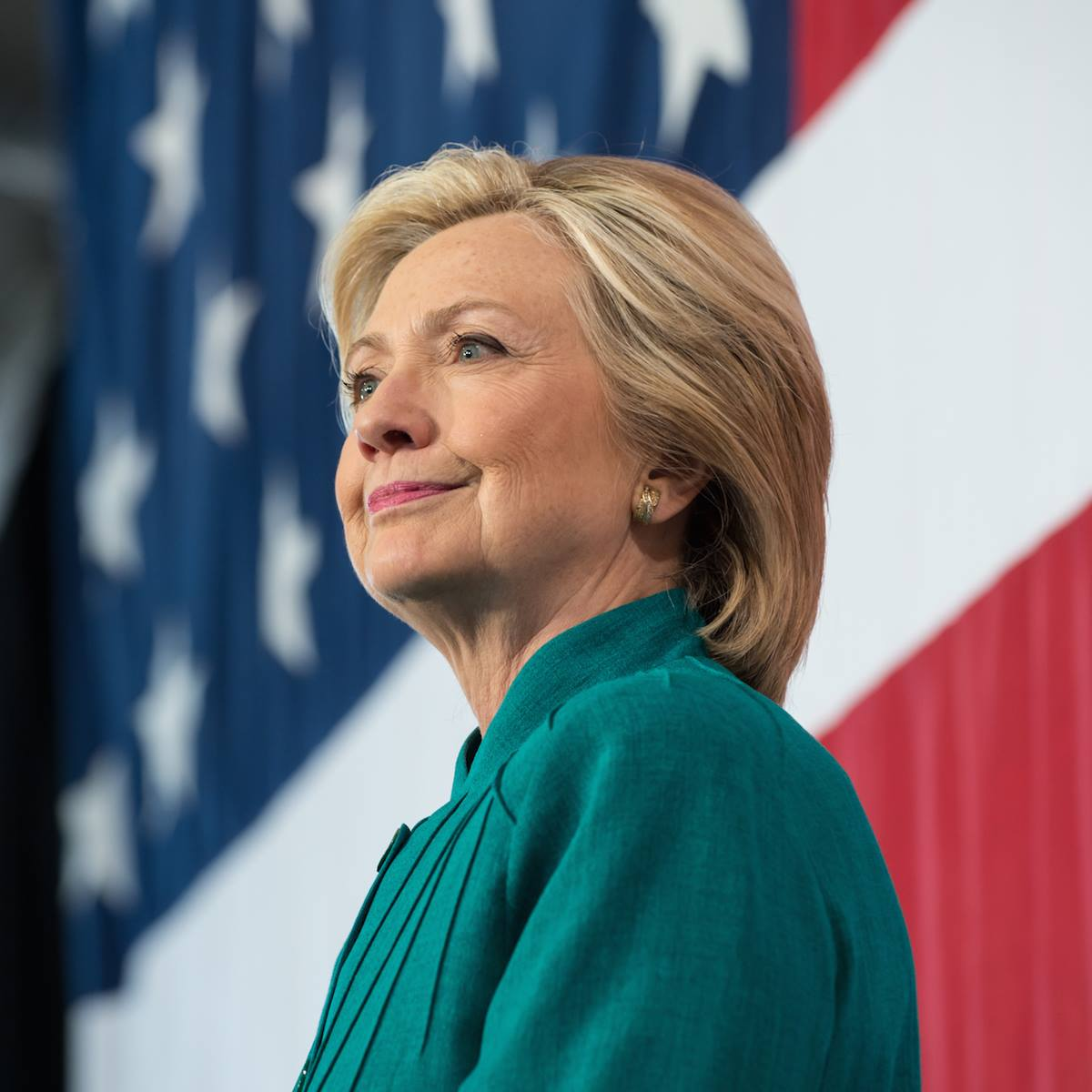 clinton proposes tuition free public higher education for families