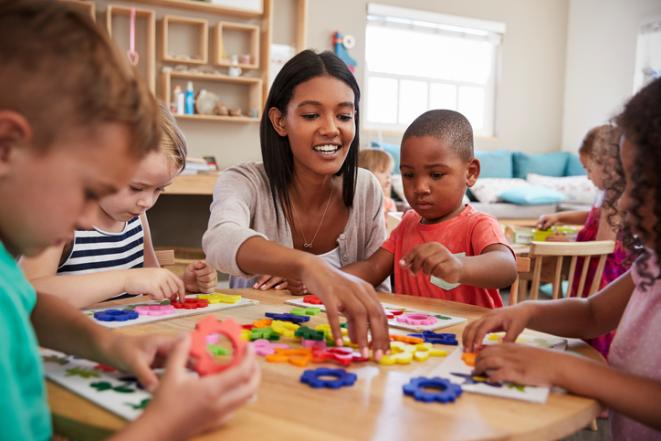 4 Ways To Make College More Accessible >> We Need To Provide More Child Care Support For Parents In College