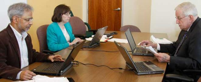 Ask faculty serve dissertation committee