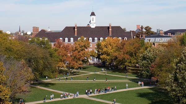 university of illinois wants deal to free state funding